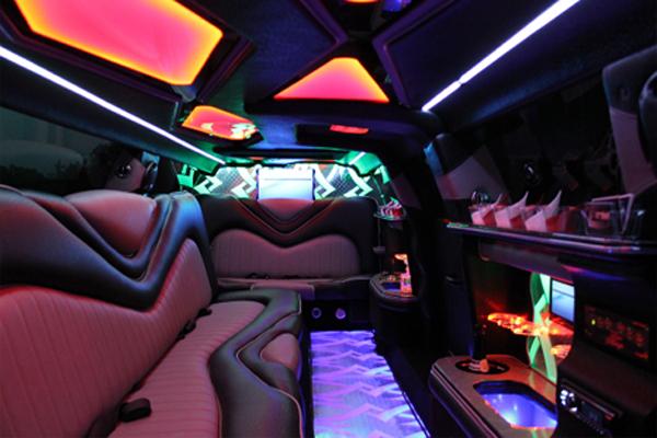 Chrysler-300-limo-rental-North-Charleston