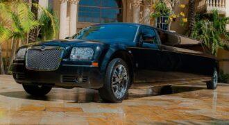 Chrysler-300-limo-service-Clemson