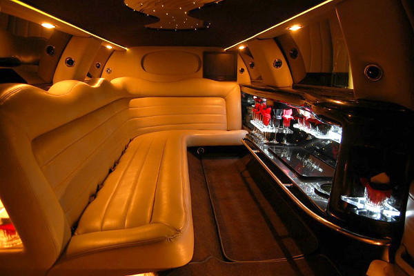 lincoln-limo-service-Greenville